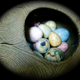 MIRACLE EGGS 1